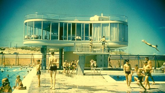 Book Review: Hot Modernism Queensland Architecture 1945-1975